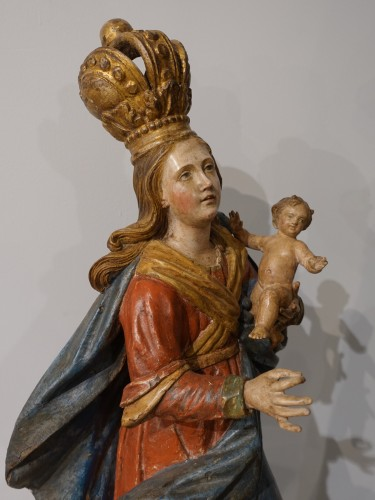 18th century - Virgin and Child carved wood and polychrome - 18th century