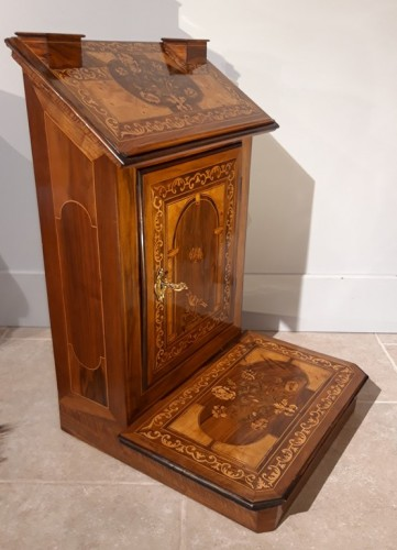 ''Prie-Dieu'' inlaid, late 17th century - Furniture Style Louis XIII
