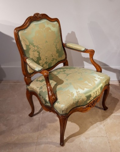 Seating  - Louis XV armchair with flat back