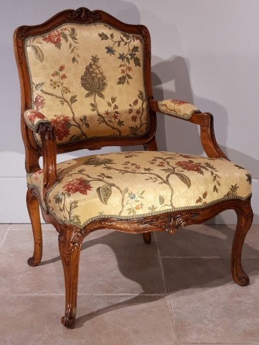 Pair of Louis XV armchairs in walnut, 18th  century -