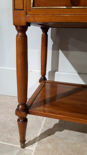 19th century - ''Table chiffonniere ''  in cherry wood, early 19th  century