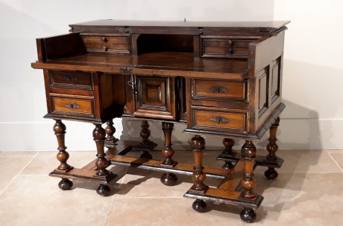 ''Mazarin''Louis XIII desk, 17th century -