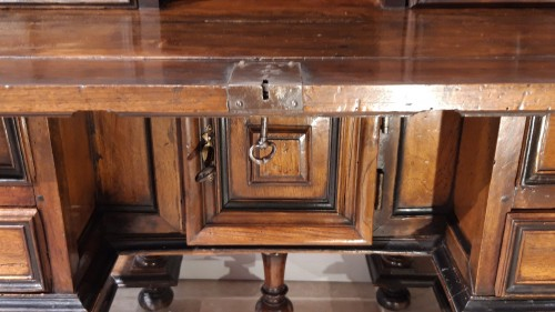 Louis XIII - ''Mazarin''Louis XIII desk, 17th century