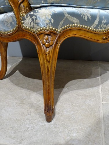 Seating  - Pair of cabriolet armchairs, Louis XV stamped OTHON