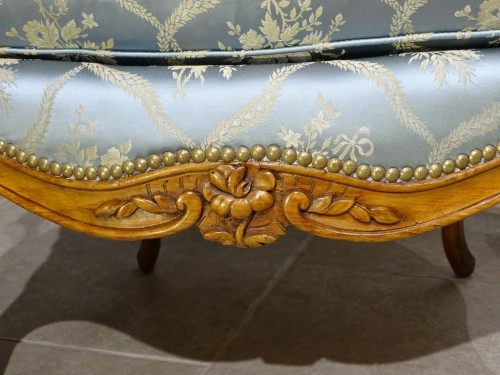 18th century - Pair of cabriolet armchairs, Louis XV stamped OTHON