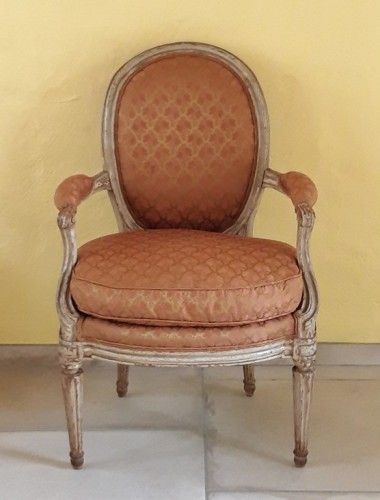 Pair of Louis XVI armchairs ''medallion'' stamped BERNARD - Seating Style Louis XVI