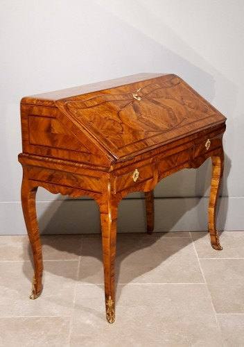 Furniture  - Slope office stamped Hache A Grenoble (around 1735-1745)