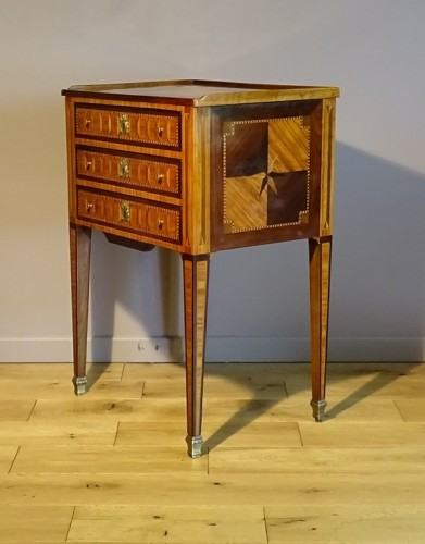 Furniture  - Louis XVI chiffonier table in marquetry