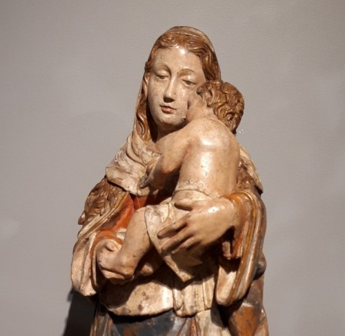 Madonna and Child in carved wood and polychrome circa 1510/1530 -