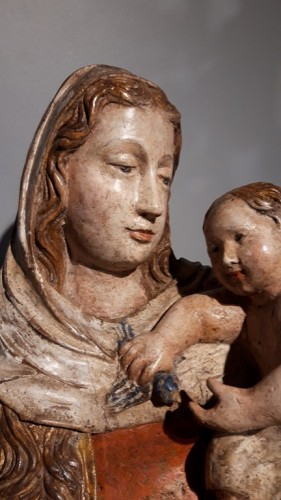 Madonna and Child in carved wood and polychrome circa 1510/1530 - Renaissance