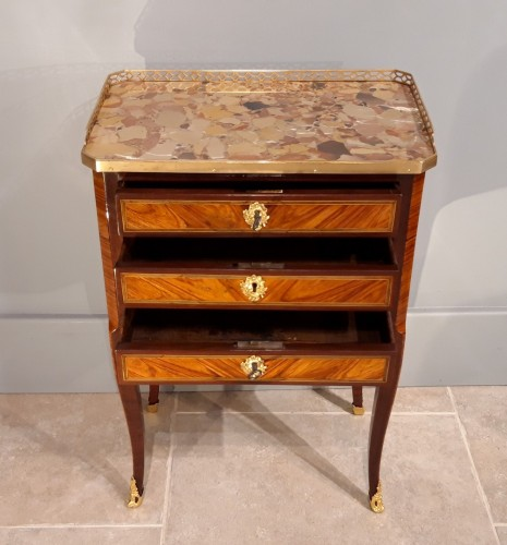 Chiffonnière table stamped C. TOPINO -