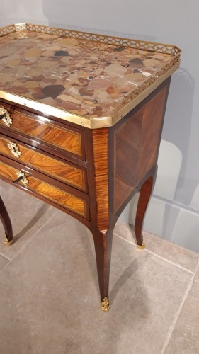 18th century - Chiffonnière table stamped C. TOPINO