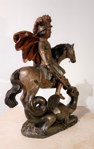 Sculpture  - Saint George slaying the dragon in polychrome wood - 17th century