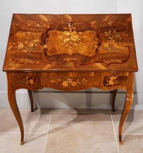 "French Desk ""capucin"", 18th Century - Furniture Style Louis XV"