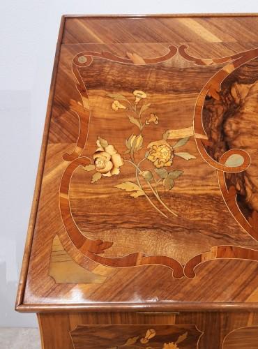 "18th century - French Desk ""capucin"", 18th Century"