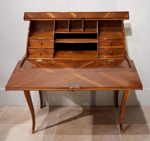 "French Desk ""capucin"", 18th Century - Louis XV"