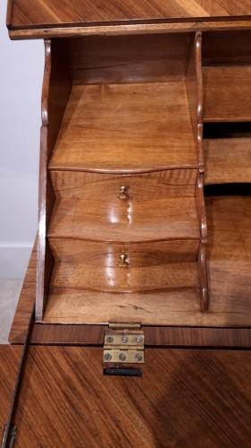 """Antiquités - French Desk """"capucin"""", 18th Century"""