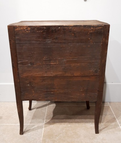 Antiquités - Small 18th century chest of drawers