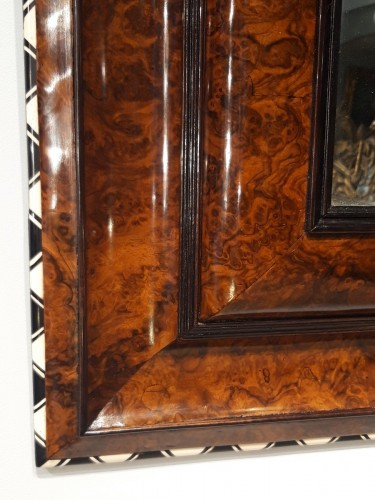 Louis XIII mirror in walnut, ivory and ebony - Mirrors, Trumeau Style Louis XIII