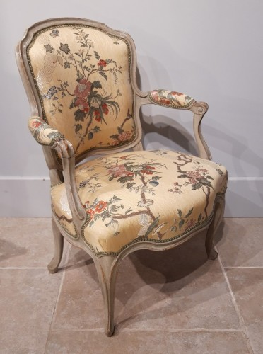 18th century - Pair Of Louis XV Cabriolets Stamped Lc Carpentier, XVIII °