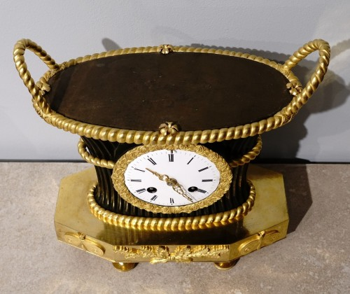 """Empire clock bearing the hallmark of the """"japy brothers"""" house - Clocks Style Empire"""