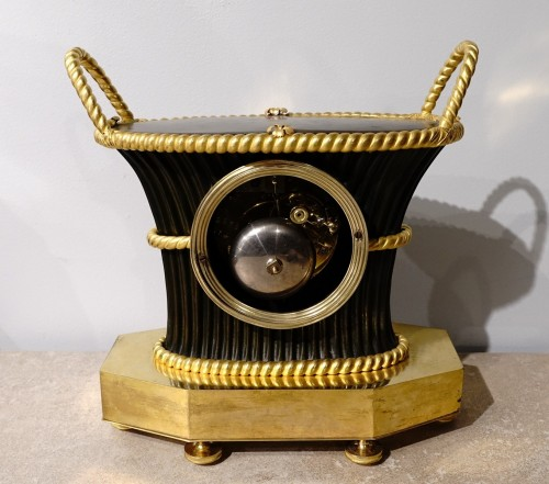 """Empire clock bearing the hallmark of the """"japy brothers"""" house -"""