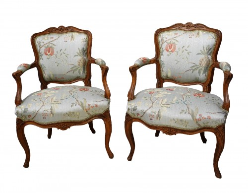 "Pair of Louis XV armchairs "" cabriolet"""