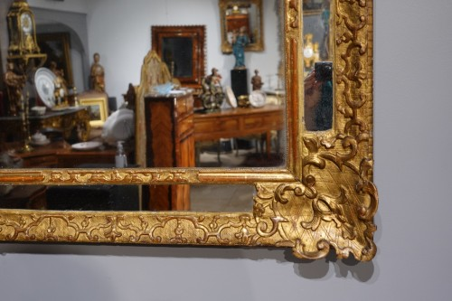 """18th century - French """"Regence"""" mirror in golden wood, early 18th century"""