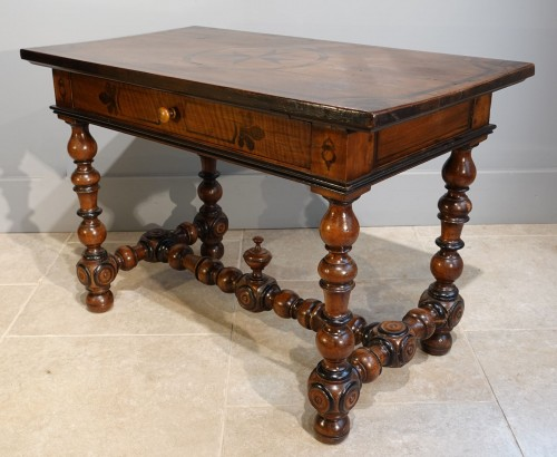 French Louis XIII Desk / Table , Walnut, 17th Century - Furniture Style Louis XIII