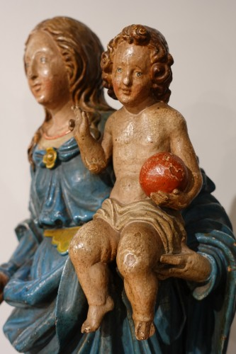 Madonna and Child, carved and poplychrome wood, 18th century - Sculpture Style Louis XVI