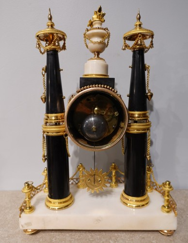 Antiquités - French Louis XVI Portico Clock