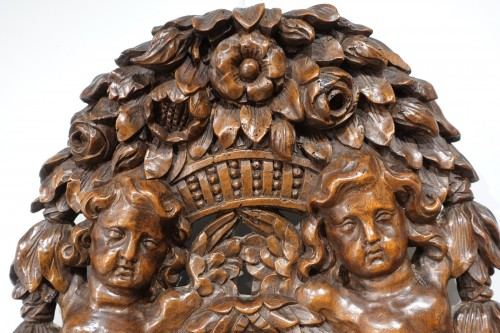 Architectural & Garden  - French carved walnut coat of arms, 17th century