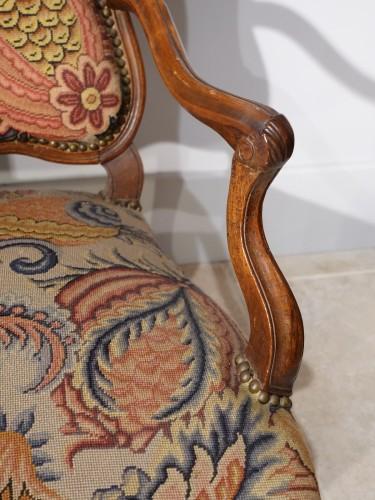 Antiquités - French Louis XV walnut armchair, Lyon 18th century