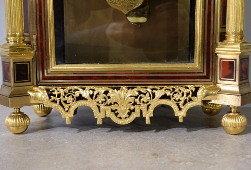 French Table clock signed B.G Martinot, Louis XIV, 17th century - Horology Style Louis XIV