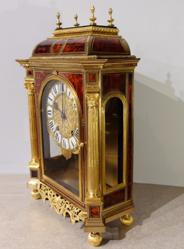 French Table clock signed B.G Martinot, Louis XIV, 17th century - Louis XIV