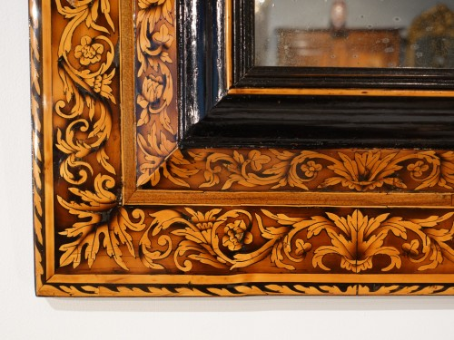 Mirrors, Trumeau  - Marquetry mirror attributed to Thomas Hache, circa 1695