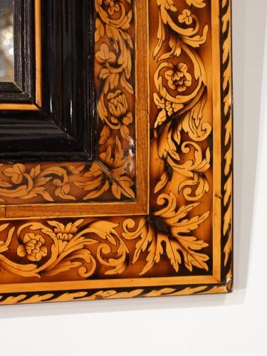 Marquetry mirror attributed to Thomas Hache, circa 1695 -