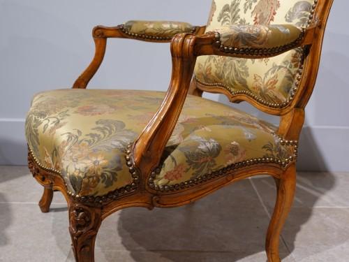 "Louis XV - Louis XV armchair stamped ""Falconet"""