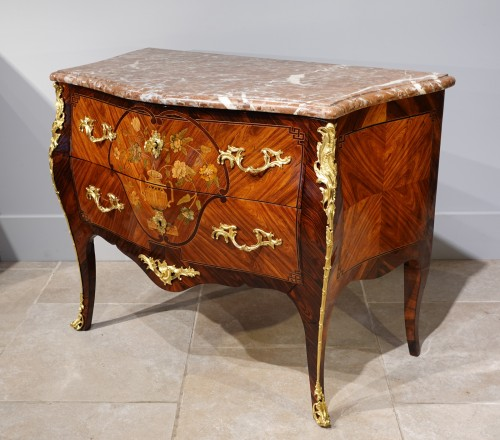 Furniture  - Louis XV commode, in marquetry, stamped C. CHEVALLIER (1700-1771)