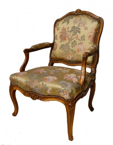 "Louis XV armchair stamped ""FRC Reuze"""