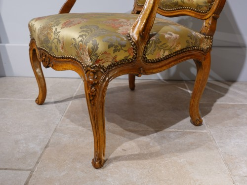 "Louis XV armchair stamped ""FRC Reuze"" - Seating Style Louis XV"