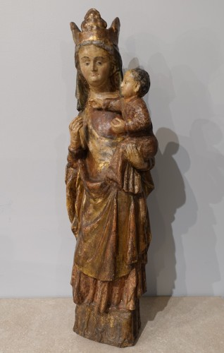 Madonna and Child in carved and polychrome wood, 14th century -