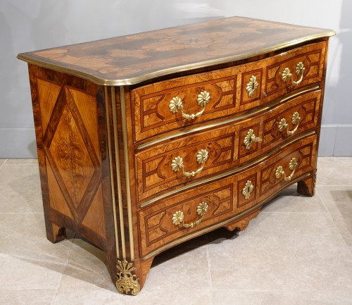 """Furniture  - French chest of drawers, inlaid, """"Regence"""", 18th century"""