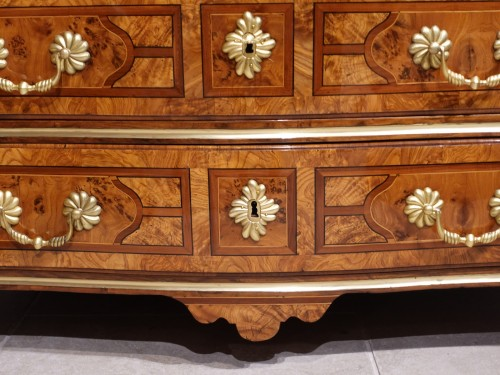 """Antiquités - French chest of drawers, inlaid, """"Regence"""", 18th century"""