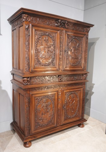"""French Louis XIII sideboard """"Four Seasons"""", early 17th century - Furniture Style Louis XIII"""
