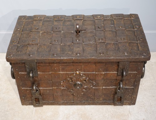 Furniture  - 17th century wrought iron marine chest