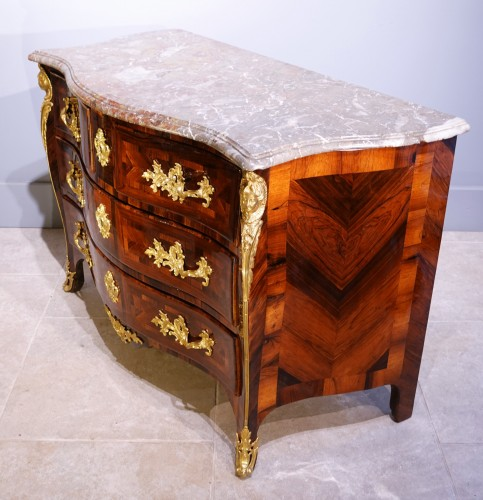 "Antiquités - ""French Chest Chest Of Drawers, Regence, Rosewood Veneer, Early 18th Centur"