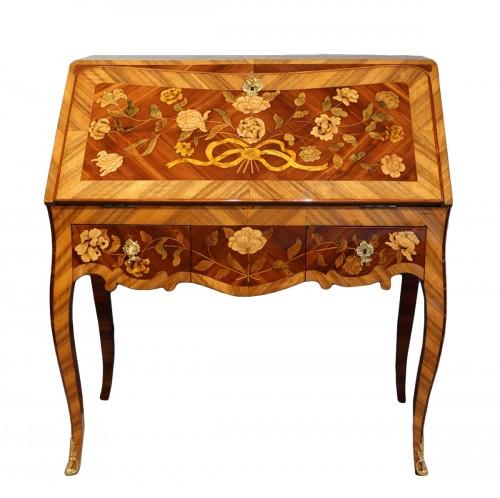 "French Louis XV Bureau ""dos d'âne""  flower marquetry"