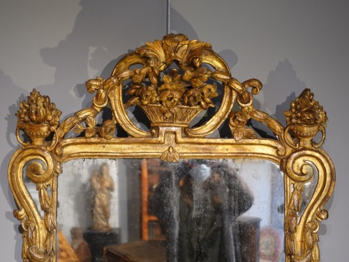 Louis XV mirror in gilded wood - Mirrors, Trumeau Style Louis XV