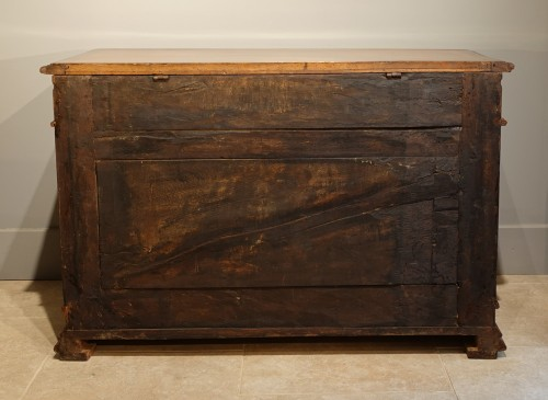 """Renaissance - French Renaissance chest, walnut, decorated with """"perspectives"""", 16th centu"""